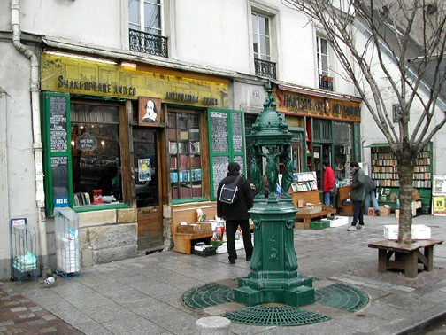 shakespeare_and_company_store_in_paris